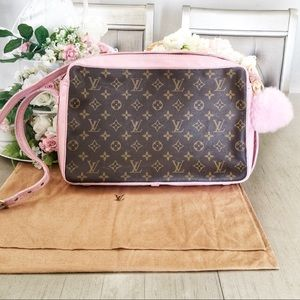 Authentic Louis Vuitton Band Riere crossbody bag